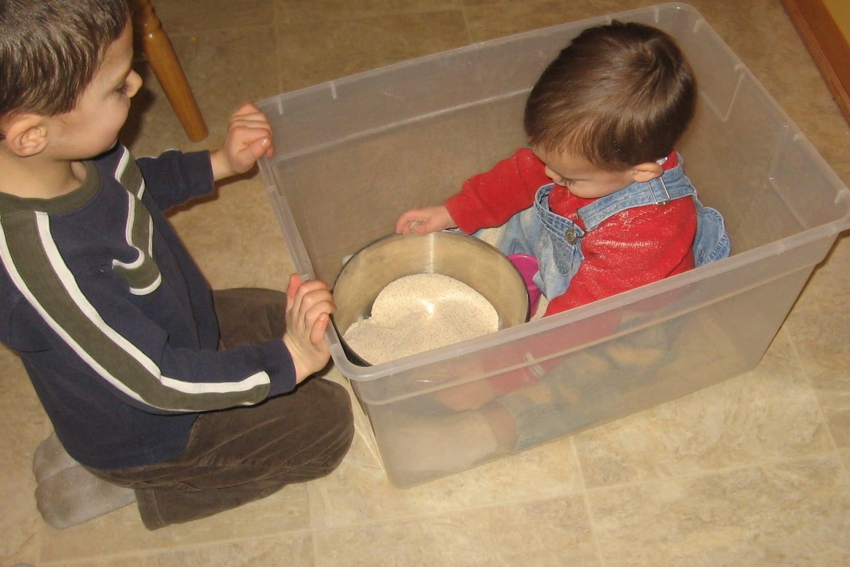 2 kids one sandbox official - df463