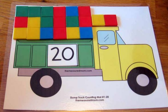 dump truck counting mat with color tiles the measured mom019 590x394 Printable Counting Mat: Fill the Dump Truck!