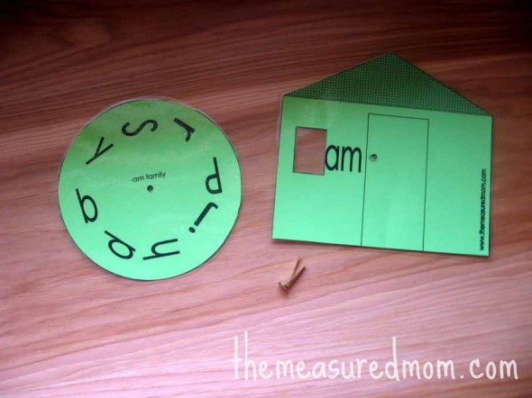 Get eight free printable word family houses for short a!