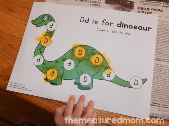 Learn with Play at Home Paper Plate Dinosaur Craft for