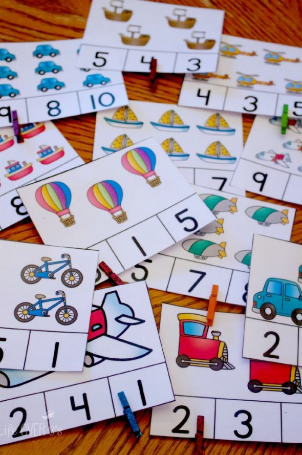 Over 25 sets of themed count and clip cards... great for preschool and kindergarten math centers!