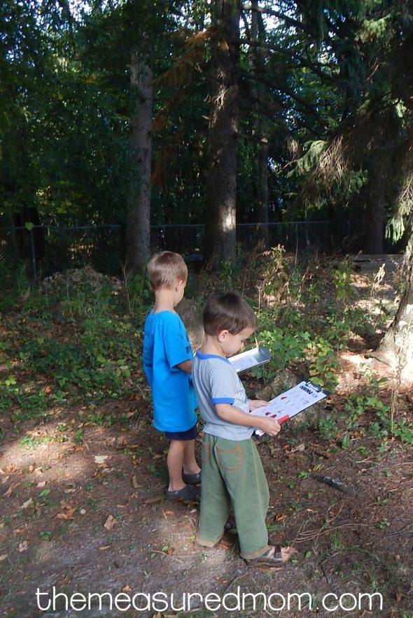 Free nature walk scavenger hunt!
