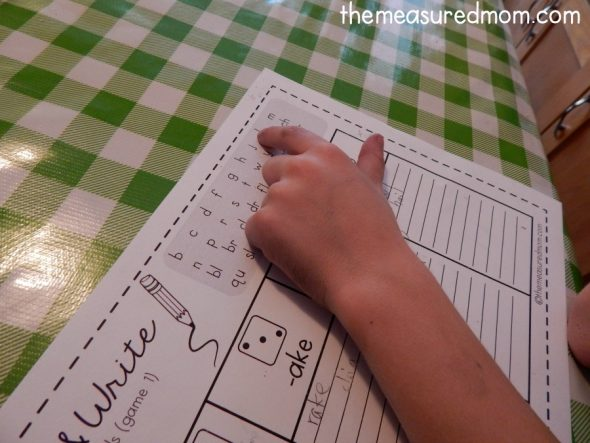 Looking for a fun way to practice spelling words with long vowels? Try these roll and write games!