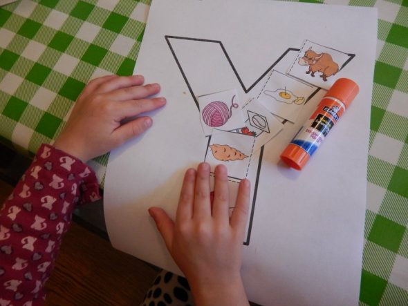 letter Y activities for 2-year-olds
