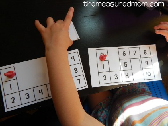 Get a set of simple count to 10 games for preschoolers. Just print and play!